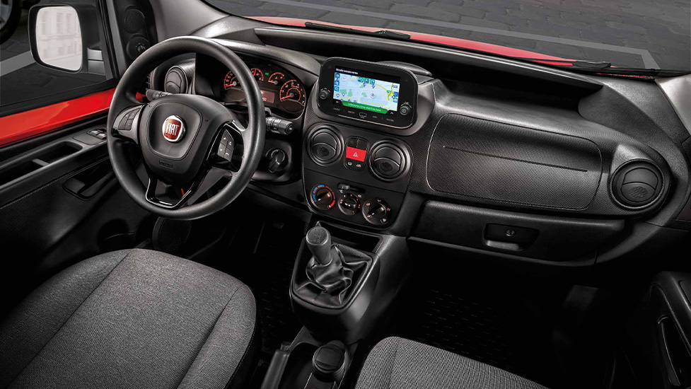 Fiat Fiorino interieur infotainment